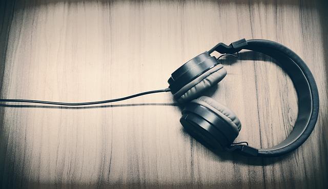 אוזניות headphones
