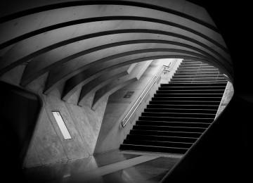 טיפול ותחזוקה במדרגות הבית