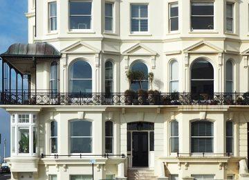 הגבהת מעקות במרפסת – בטיחות מעל הכל